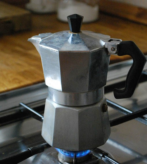 wie-funktioniert-ein-espressokocher-510x570pxBMRoSx1PcB1cz